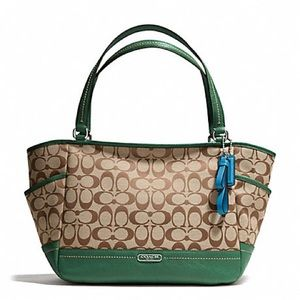 NWT Coach Green Park Leather Tote